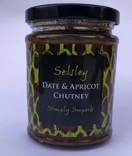 date and apricot chutney